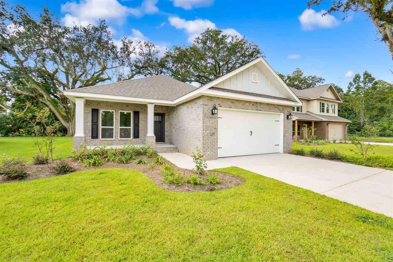 7917 Huntington Creek Ln, Pensacola, FL 32526