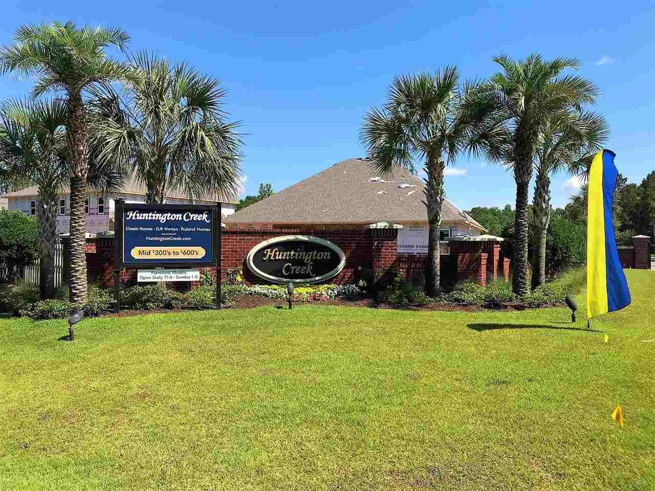 5892 Huntington Creek Blvd, Pensacola, FL 32526