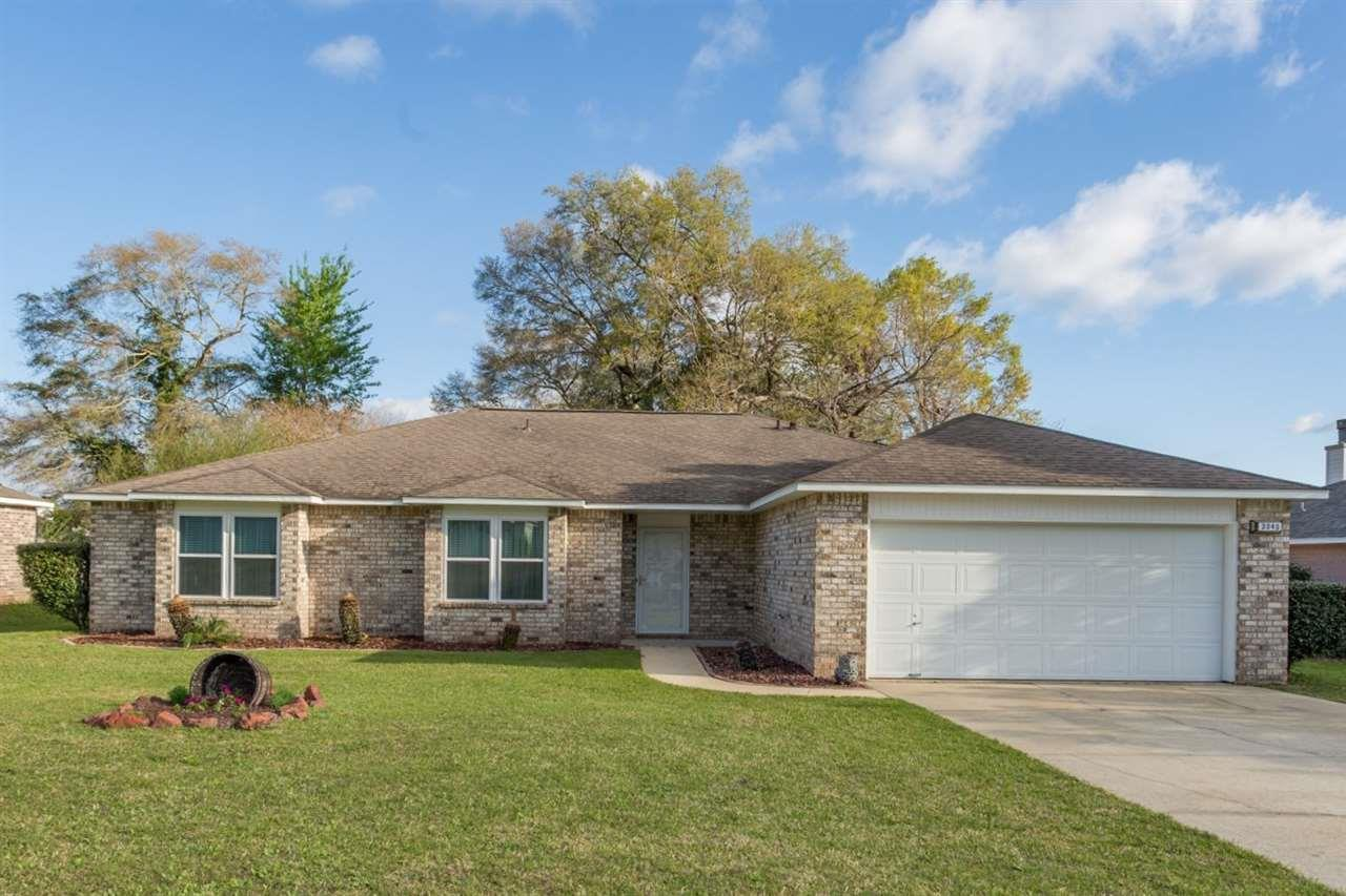 3040 Red Fern Rd, Cantonment, FL 32533