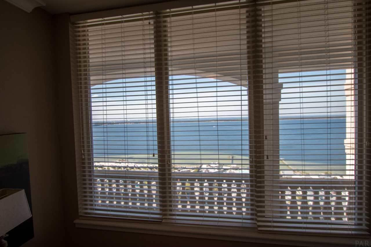 18 Via Deluna Dr #2004, Pensacola Beach, FL 32561