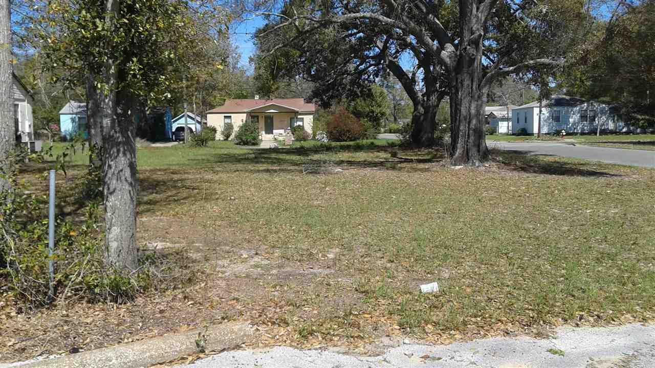 212 S N St, Pensacola, FL 32502