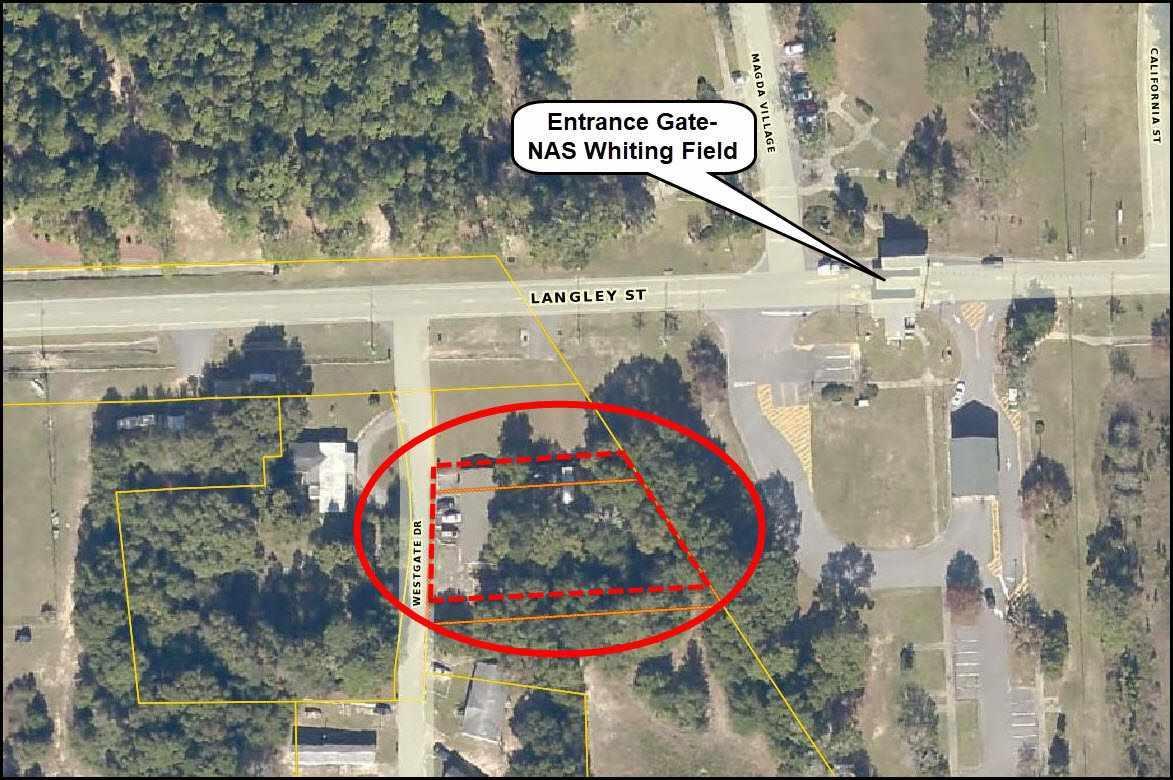 7474 Westgate Dr, Milton, FL 32570