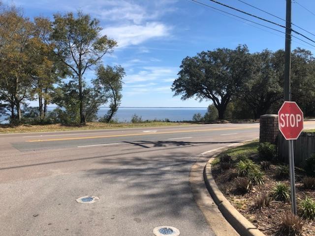 2299 Scenic Hwy #T-11, Pensacola, FL 32503