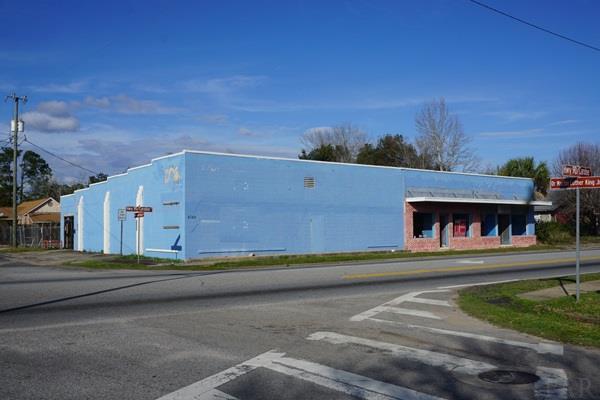 6780 Caroline St, Milton, FL 32570