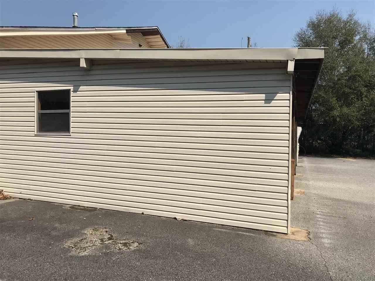365 W James Lee Blvd, Crestview, FL 32536