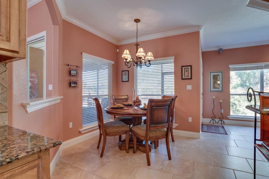7392 Old Magnolia Ct, Navarre, FL 32566