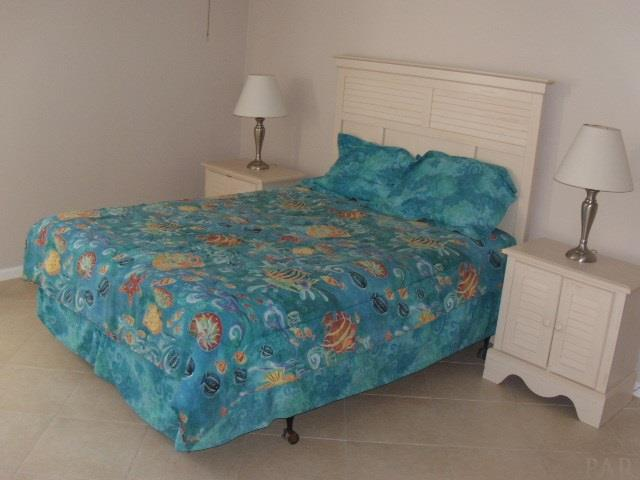 1650 E Via Deluna Dr #B-4, Pensacola Beach, FL 32561