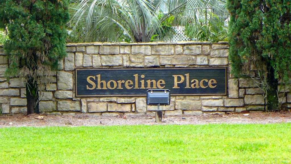 10 Shoreline Pl, Gulf Breeze, FL 32561