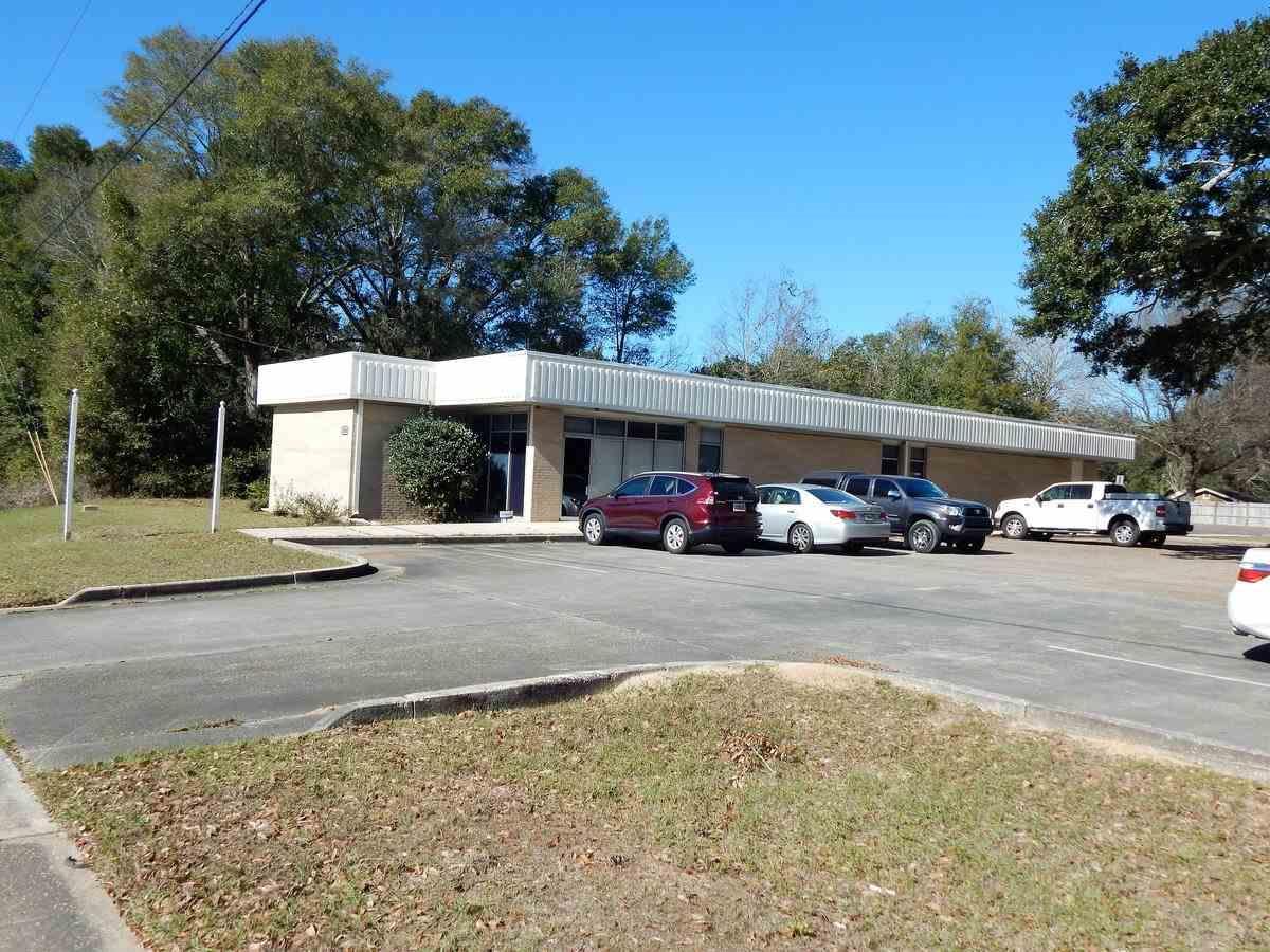 1000 W Michigan Ave, Pensacola, FL 32505