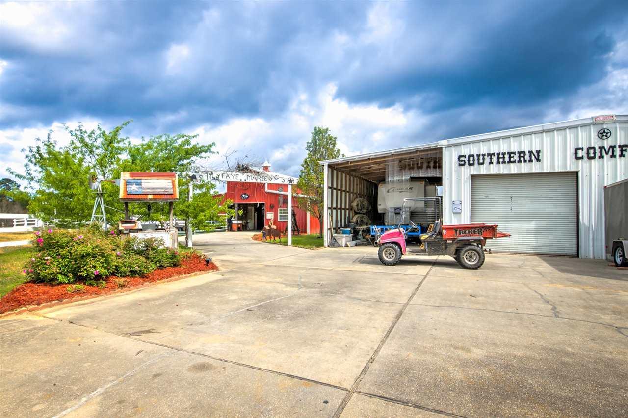 1837 County Rd 180, Baker, FL 32531