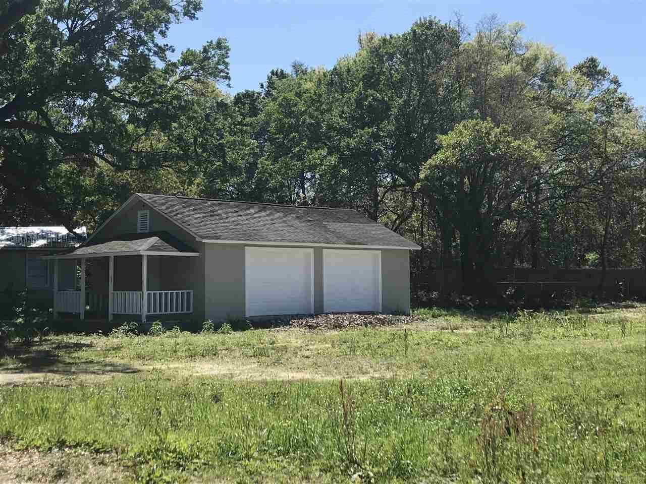 33 E Burgess Rd, Pensacola, FL 32503