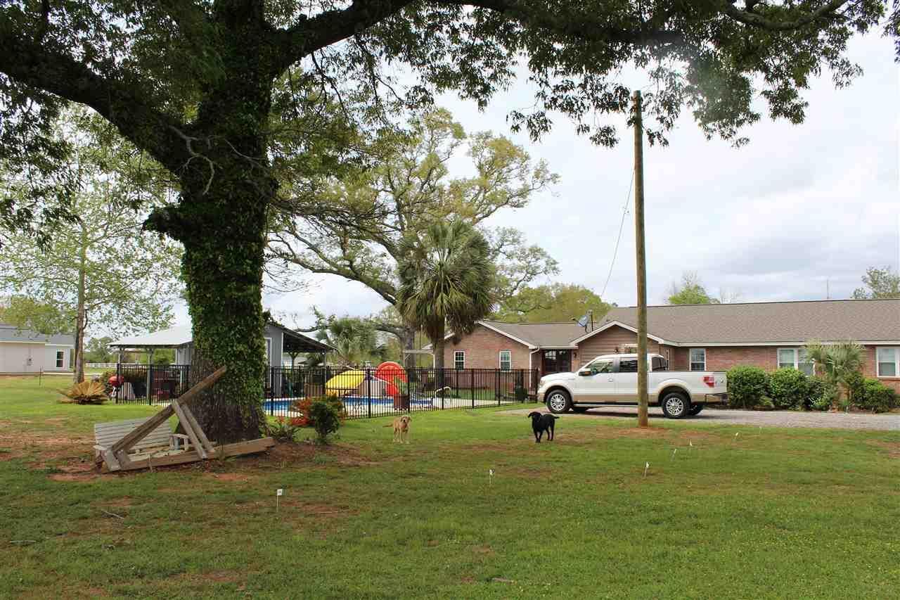 2897 Harvest Rd, Jay, FL 32565