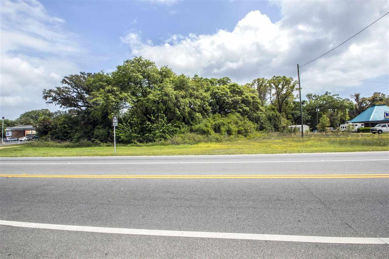 1010 New Warrington Rd, Pensacola, FL 32505