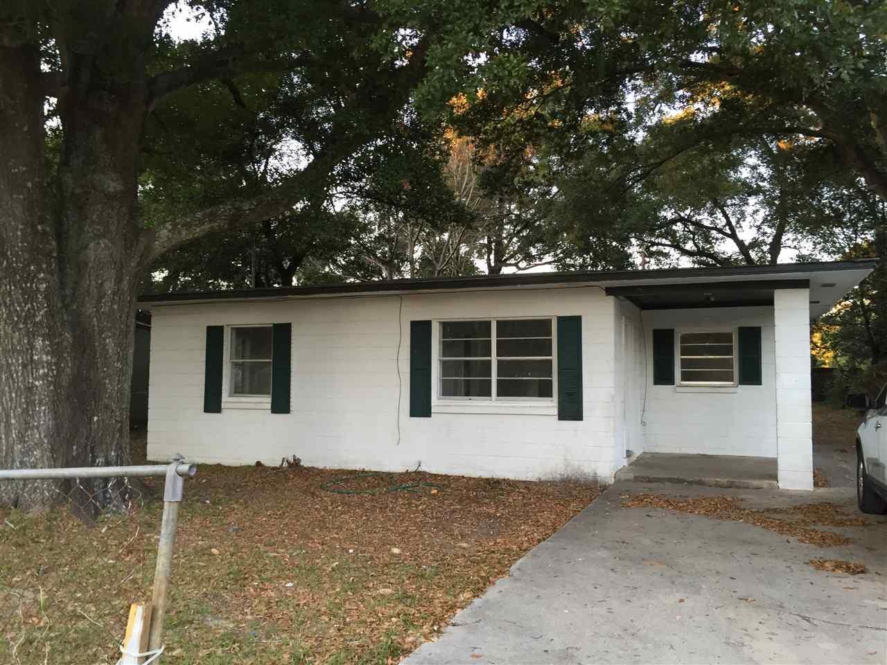 6 Baggett Ct, Pensacola, FL 32505