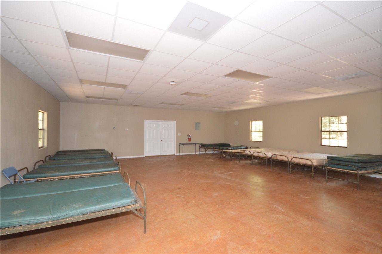 2924 Oliver Gordon Rd, Milton, FL 32570