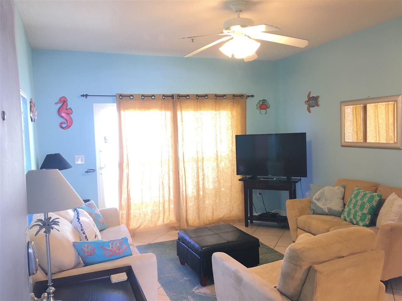 1625 Bulevar Mayor #J-2, Pensacola Beach, FL 32561