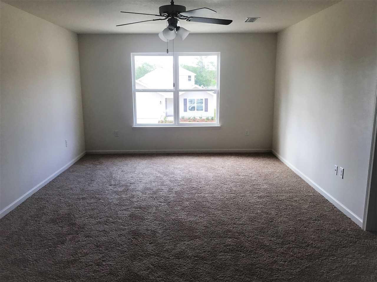 9454 Lutoo Ln, Pensacola, FL 32526