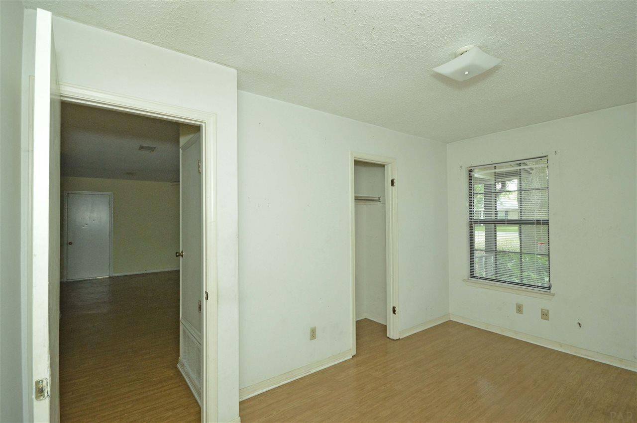 4504 Morningside Ln, Milton, FL 32583
