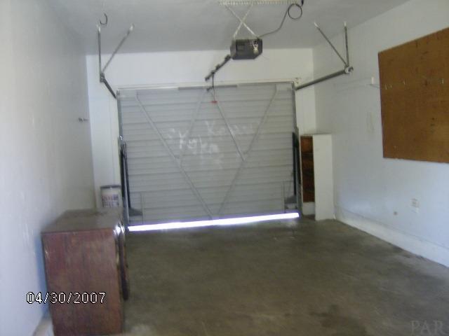 2040 Tomlinson Rd, Pensacola, FL 32526