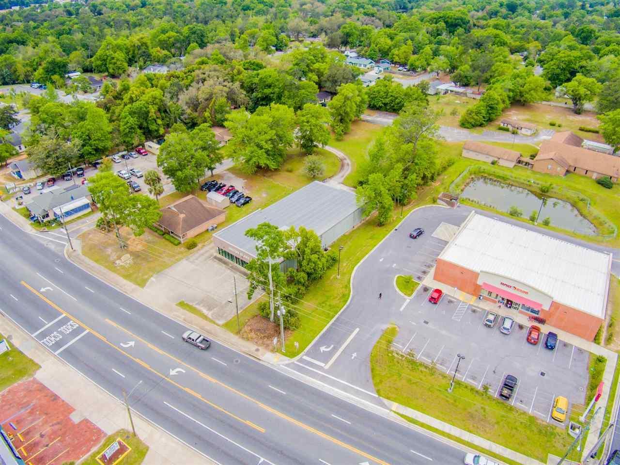 5381 Stewart St, Milton, FL 32570