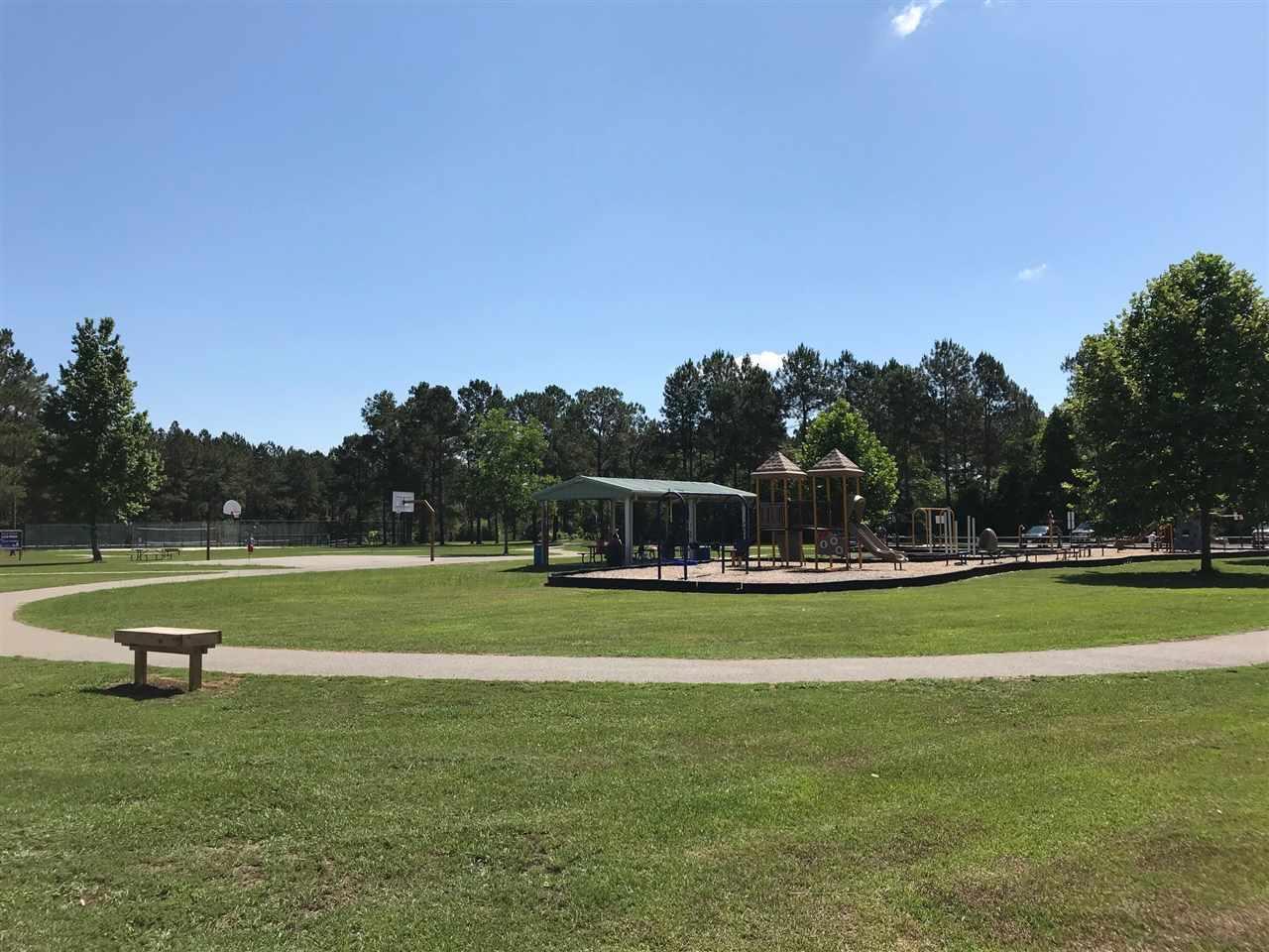 7981 Huntington Creek Ln, Pensacola, FL 32526