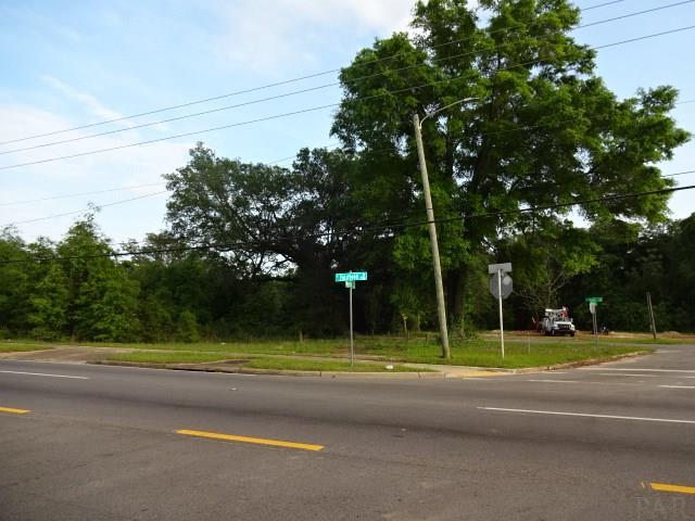 3000 N V St, Pensacola, FL 32505