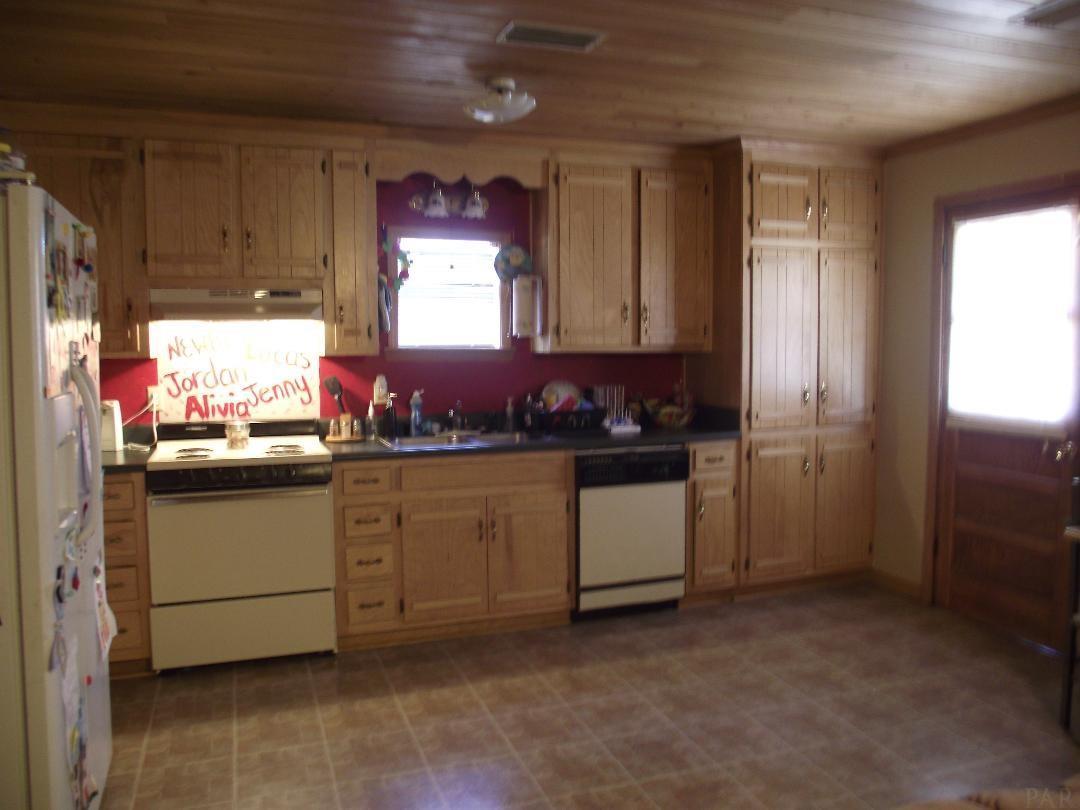 559 Buddy Lake Rd, Brewton, AL 36426