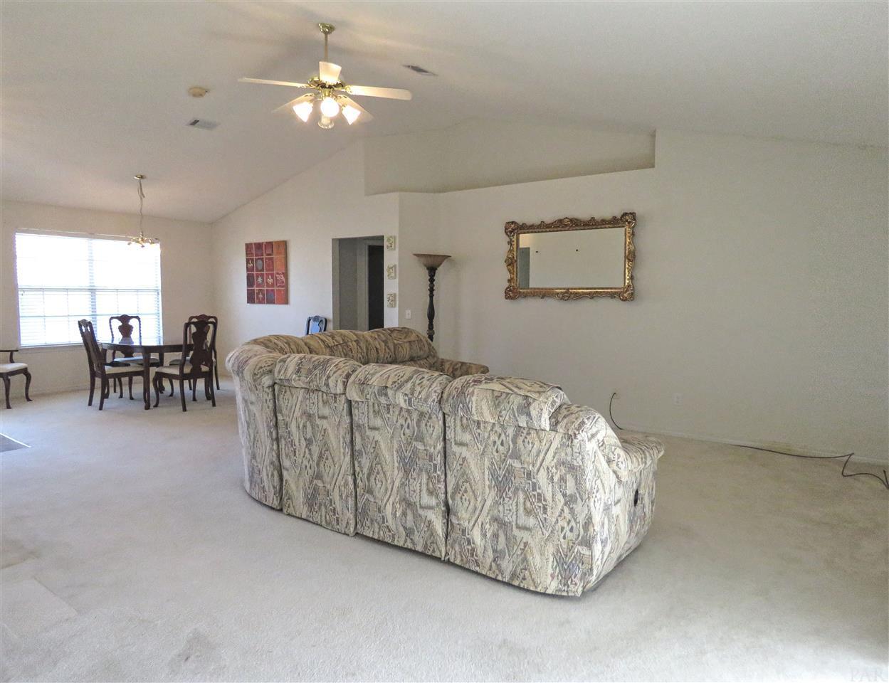 2125 Coral Creek Dr, Pensacola, FL 32506