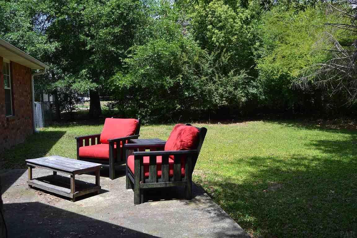 5825 Ashton Woods Cir, Milton, FL 32570