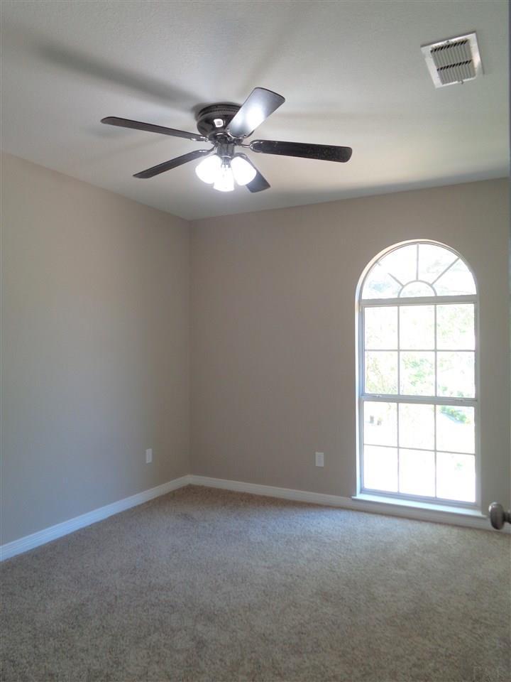 3001 High Pointe Pl, Pensacola, FL 32505
