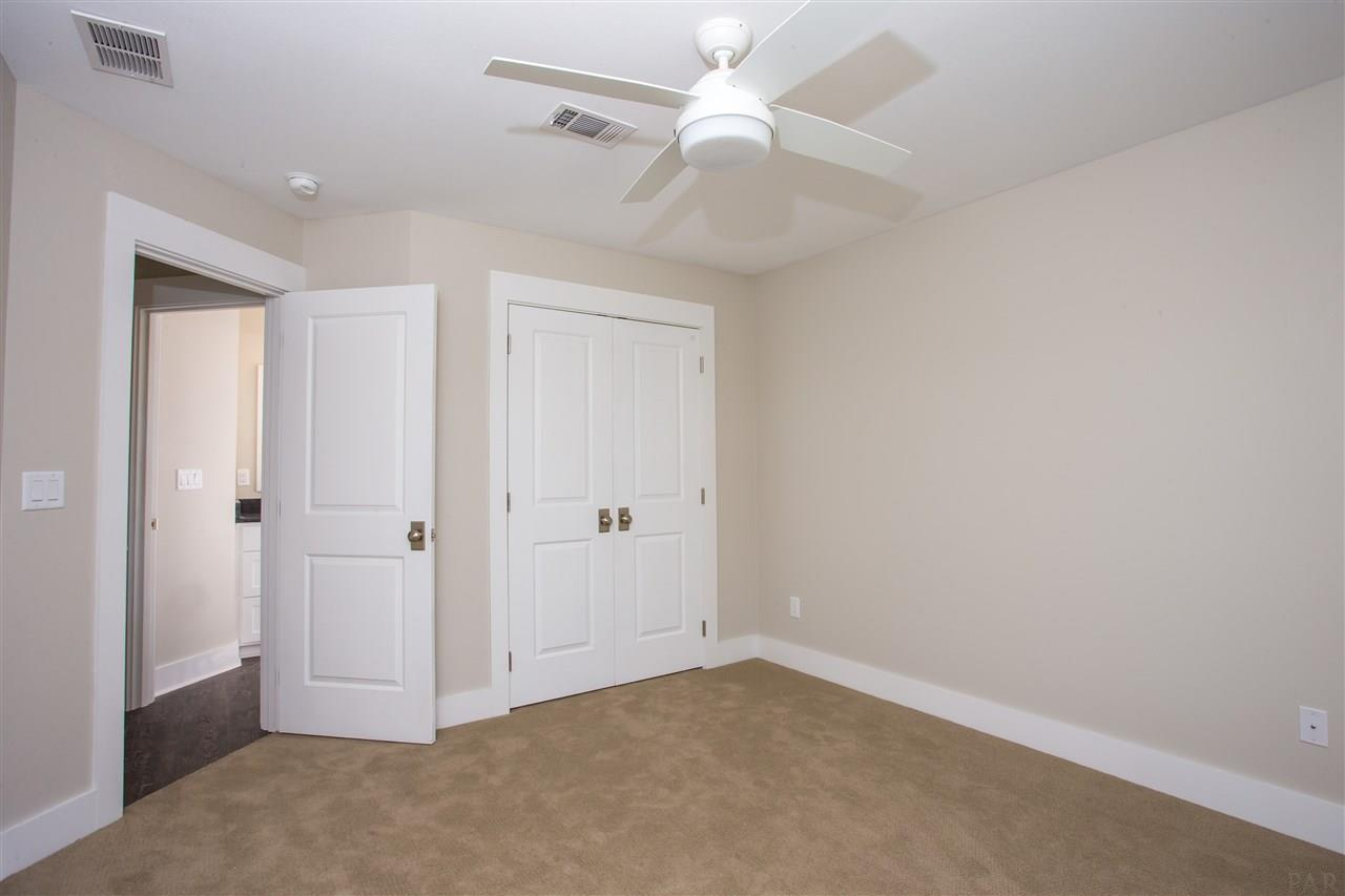 242 Junction Ave, Pensacola, FL 32502