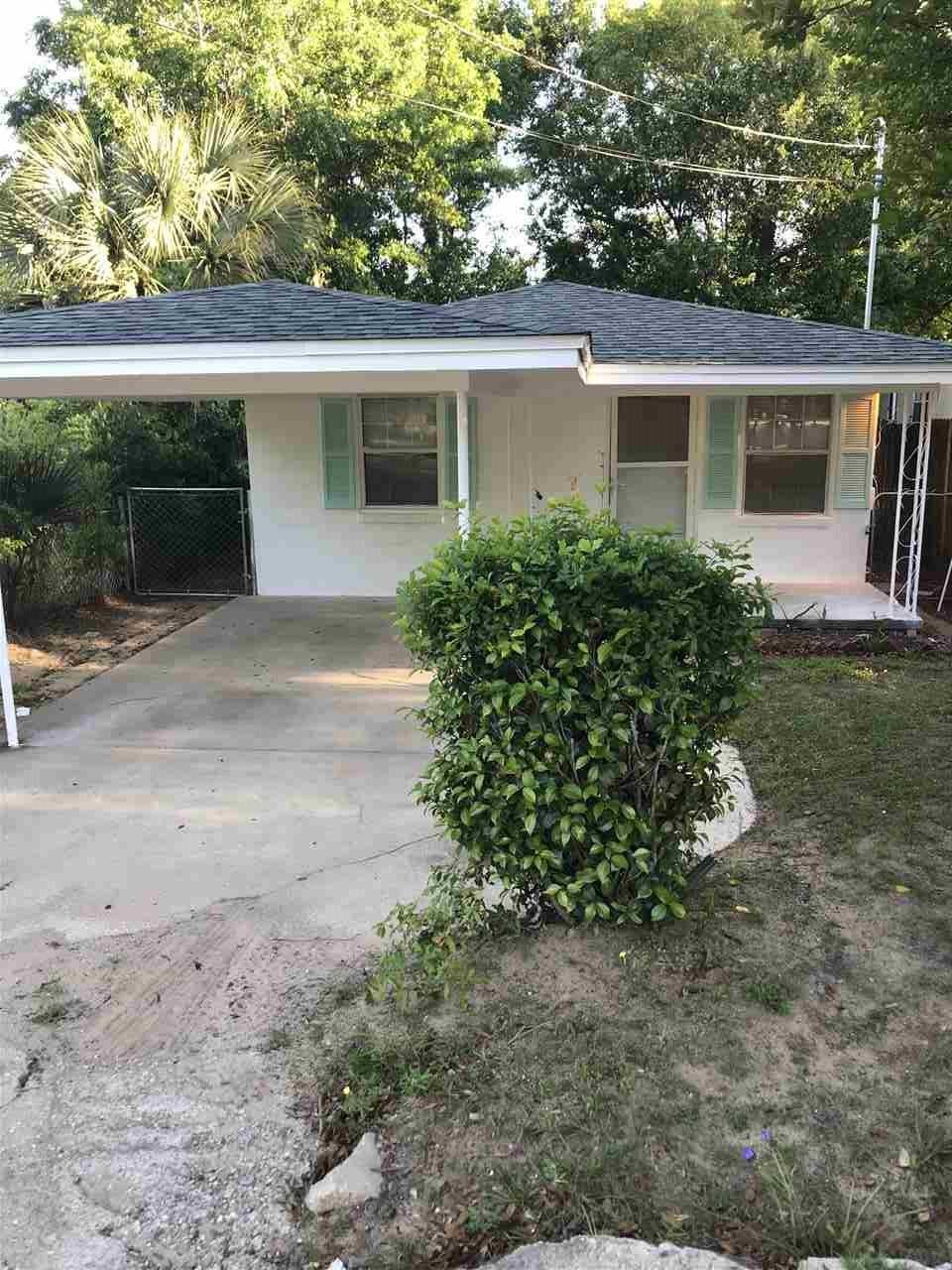 1113 W Yonge St, Pensacola, FL 32501