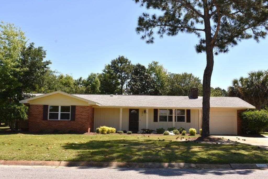 5076 Shoshone Dr, Pensacola, FL 32507