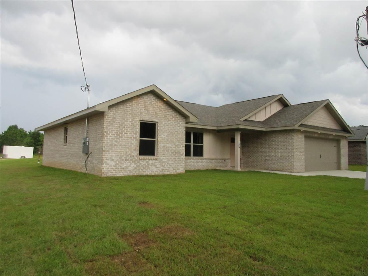5745 Tarpon Ct, Milton, FL 32583