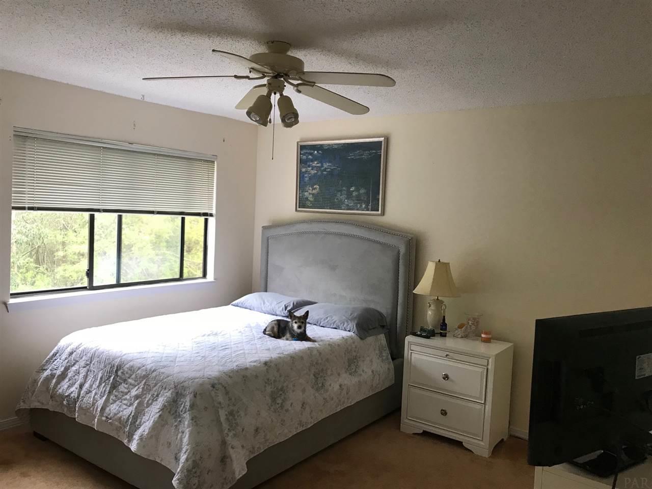 4276 Brookside Dr, Pensacola, FL 32503