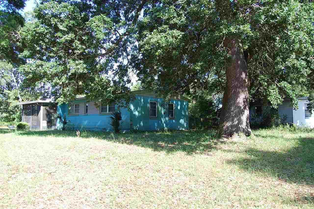 22 Pleasant Ave, Pensacola, FL 32505