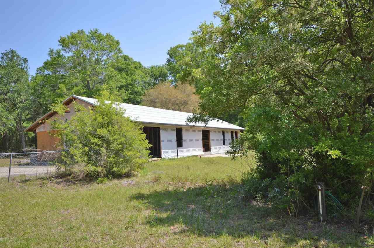 6025 Happy Hollow Dr, Milton, FL 32570