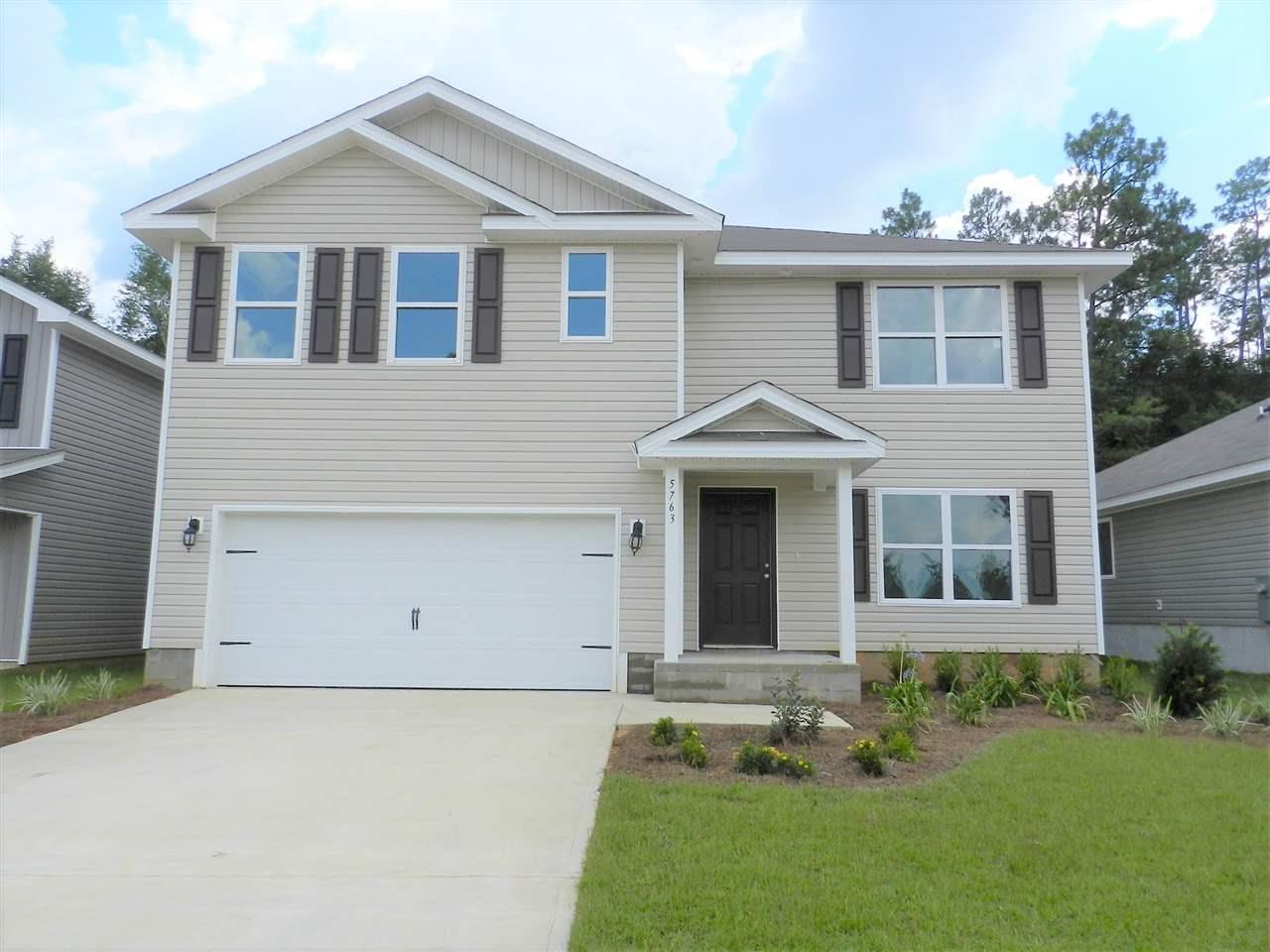5792 Blackhorse Cir, Pensacola, FL 32526