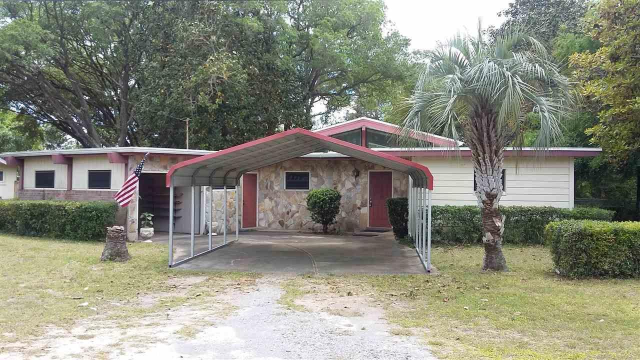 18 9th Ave, Shalimar, FL 32579