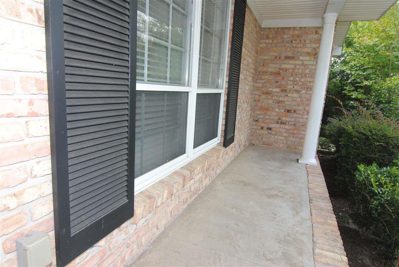 3839 Menendez Dr, Pensacola, FL 32503