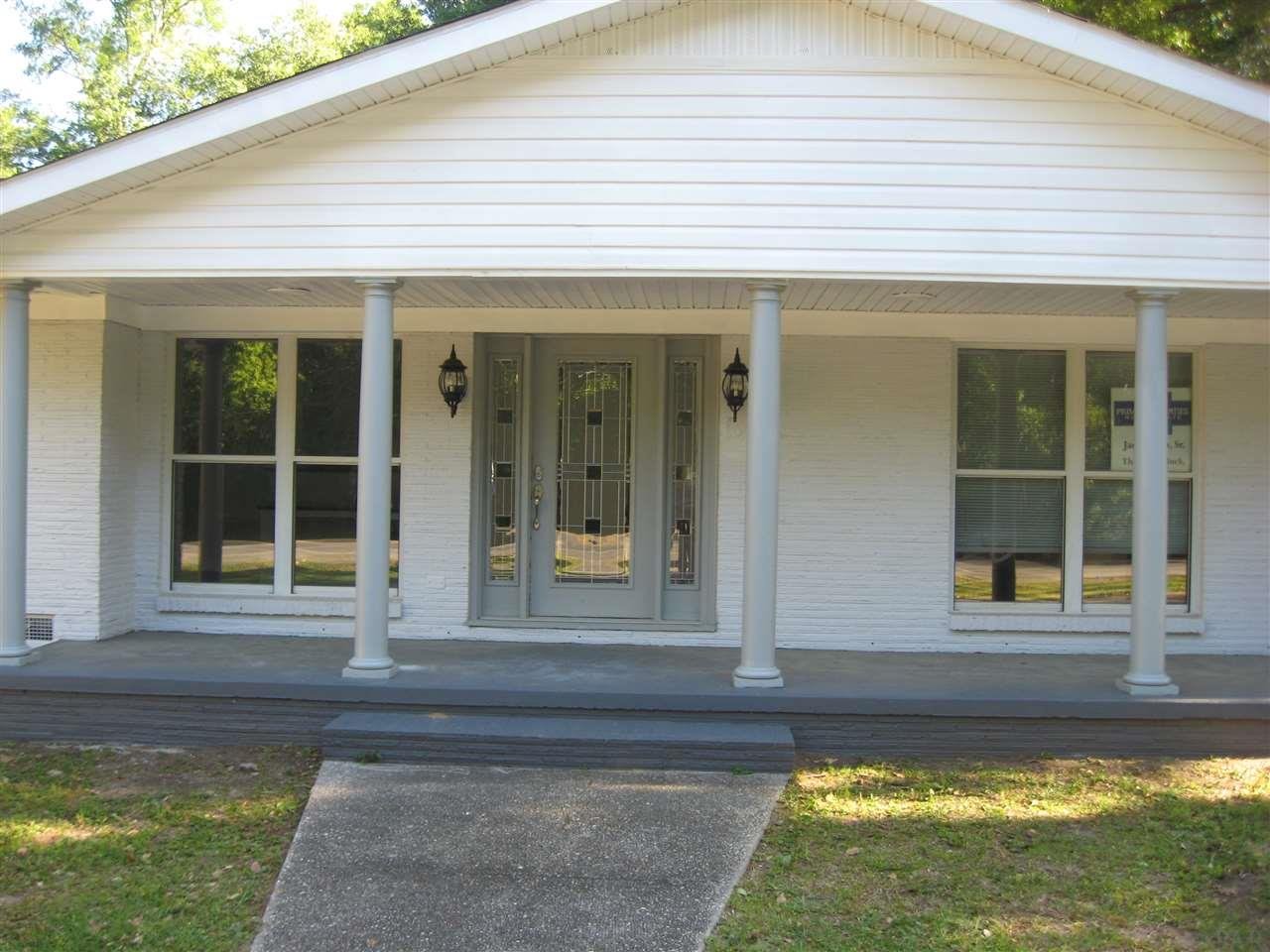 710 E Laurel Ave, Foley, AL 36535