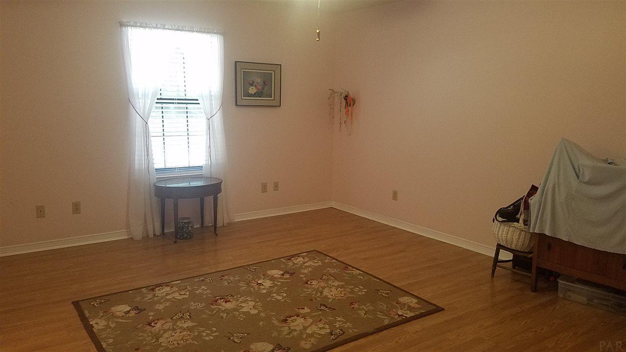 6695 Pine Blossom Rd, Milton, FL 32570