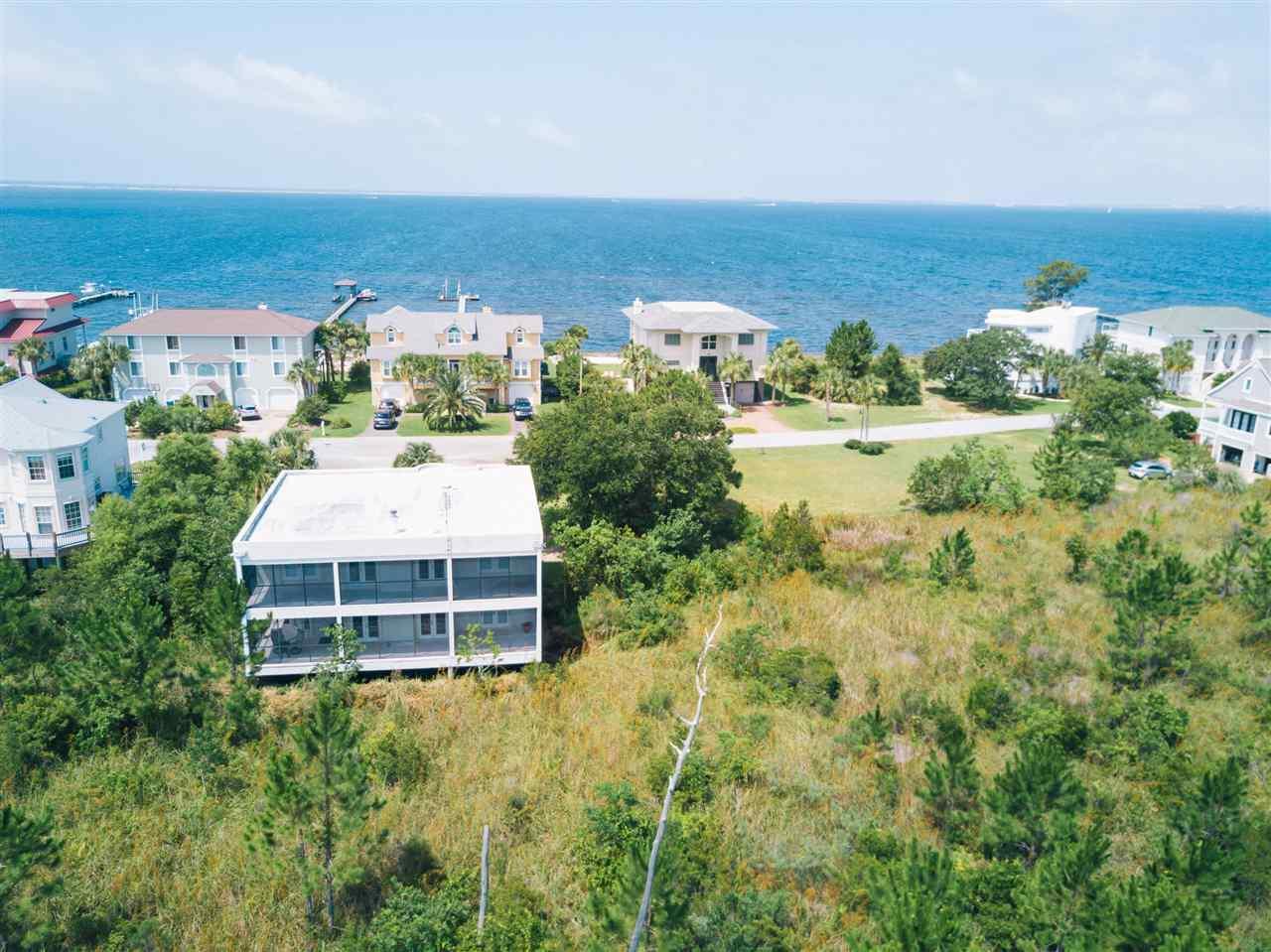 332 Deer Point Dr, Gulf Breeze, FL 32561