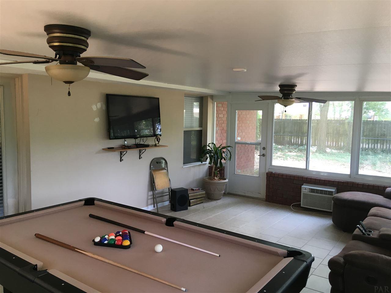 1516 Bakalane Ave, Pensacola, FL 32504