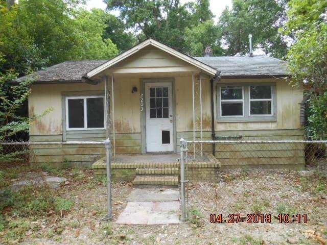 2203 W St Catherine Ave, Pensacola, FL 32505