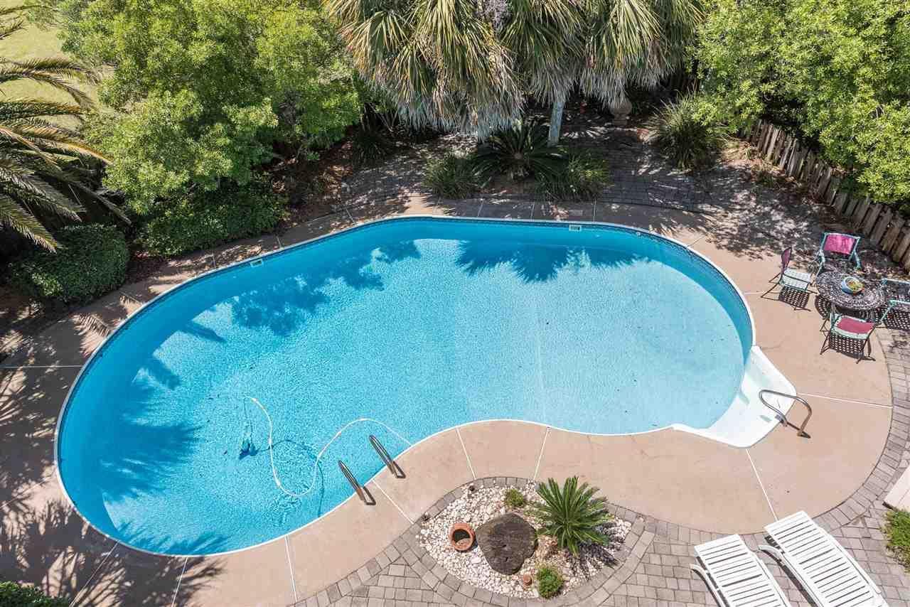 5 Sugar Bowl Ln, Pensacola Beach, FL 32561