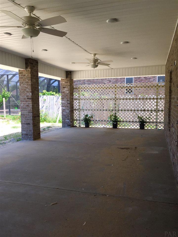 3519 Topaz Cir, Navarre, FL 32566