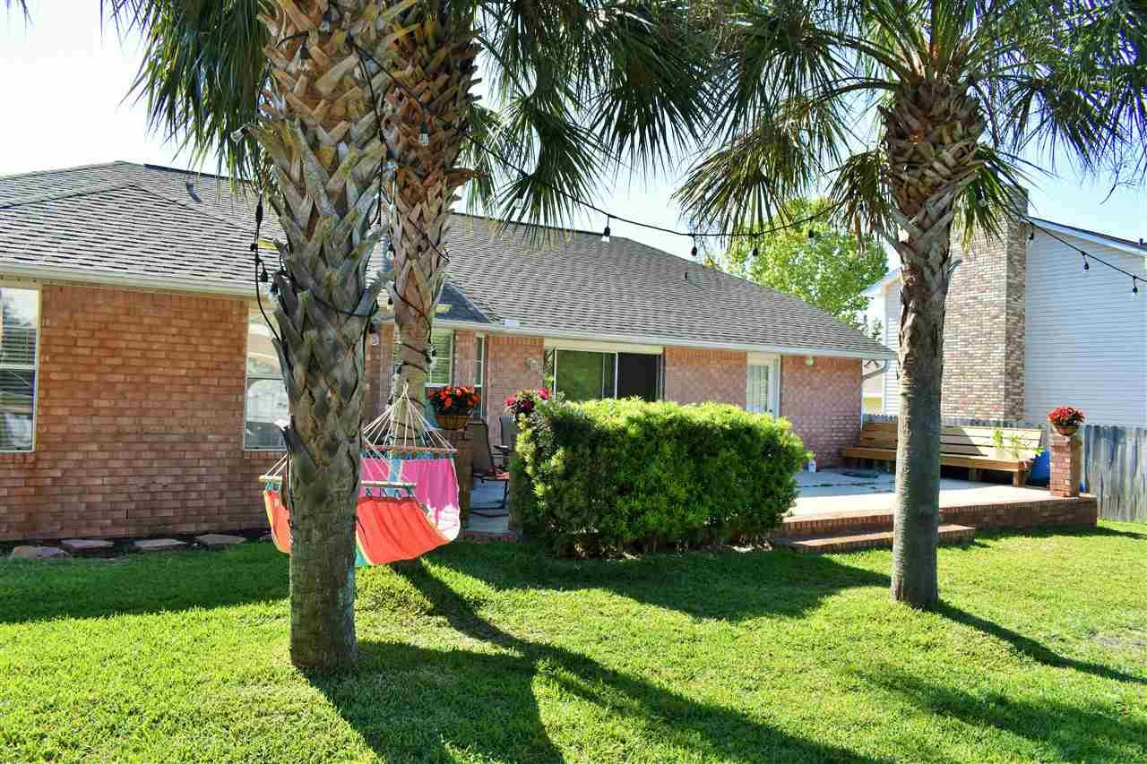 1604 Llani Ln, Gulf Breeze, FL 32563