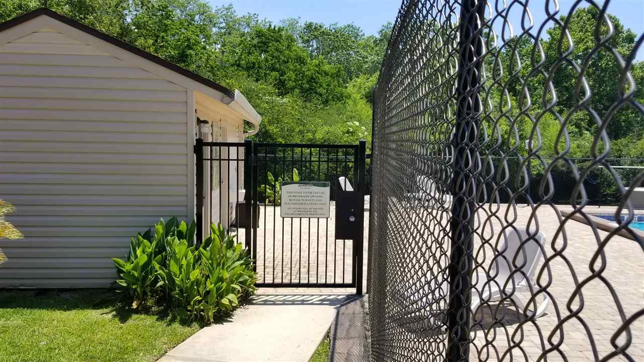 4211 Brookside Dr, Pensacola, FL 32503
