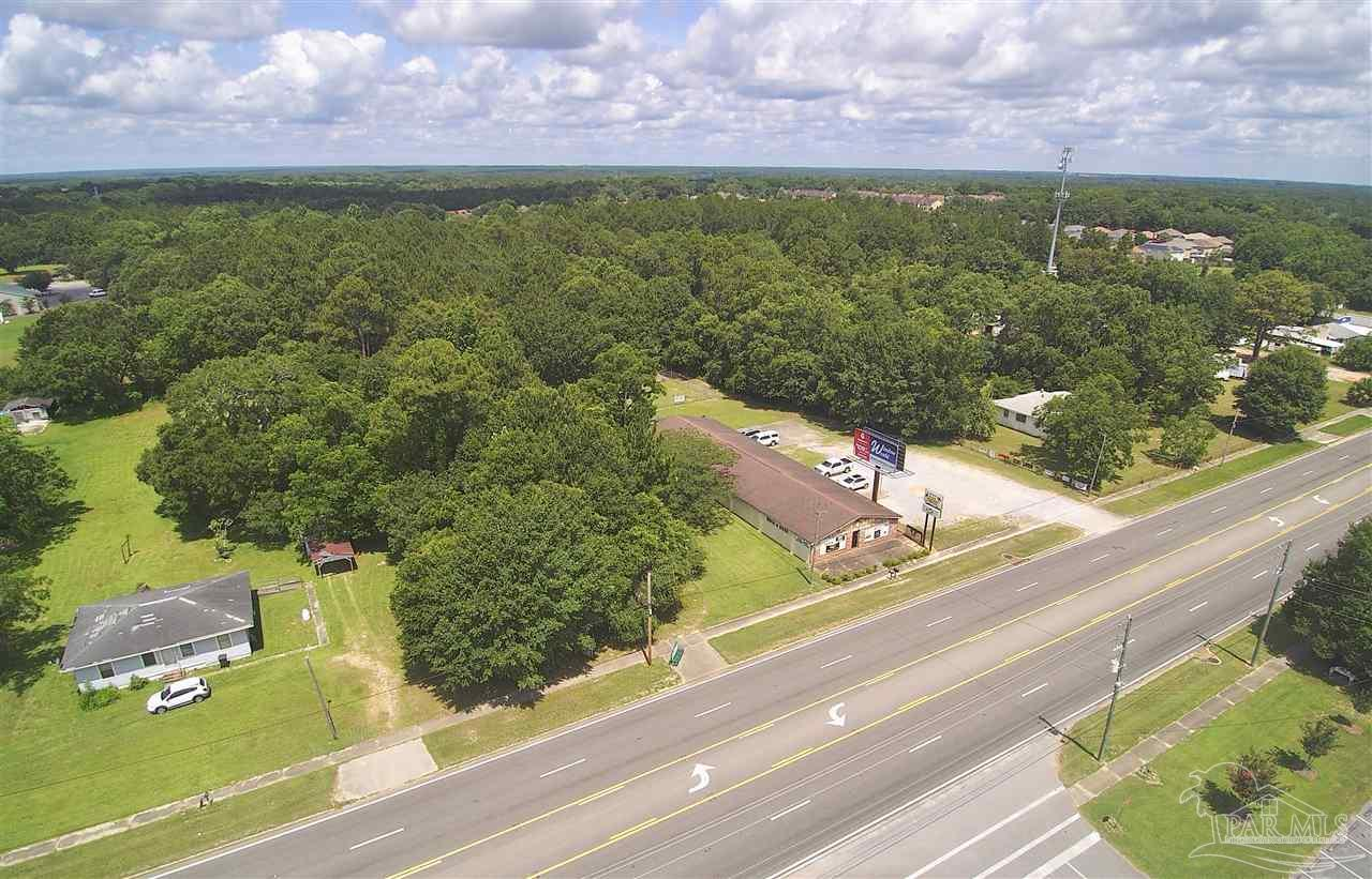 6800 Pine Forest Rd, Pensacola, FL 32526